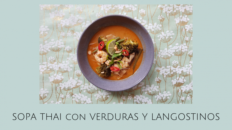 Receta de Sopa Thai con verduras y langostinos