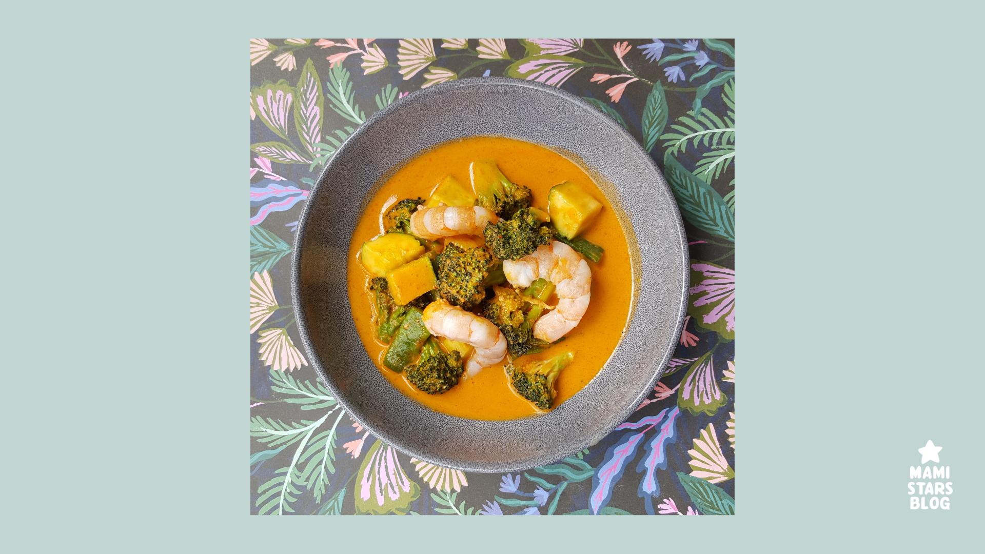 Receta de Sopa Thai de verduras y langostinos